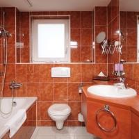 Wannen-Badezimmer